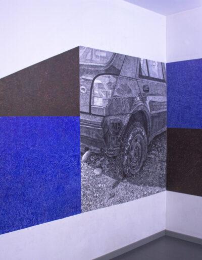 Opera d'arte murale rappresenta un auto